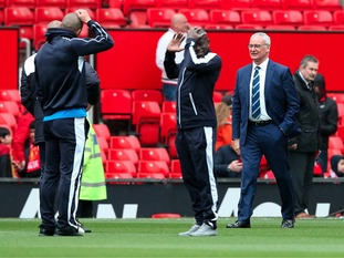 Claudio Ranieri on the pitch ahead of this afternoon's potentially title deciding clash.