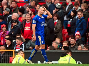 Leicester City's Daniel Drinkwater leaves the pitch after being sent off