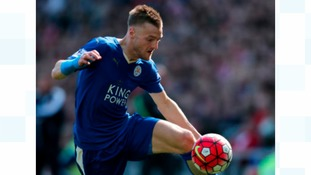 Sheffield's Jamie Vardy named football writers' player of the year.