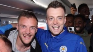 Jamie Vardy tells lookalike invited onto Leicester team bus 'I am better looking than you'