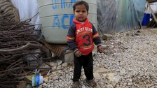 David Cameron urged to take in more Syrian child refugees