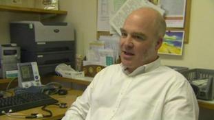 Dr Simon Hodson