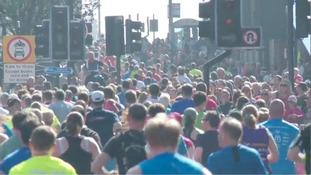 Thousands brave the heat to take part in Leeds Half Marathon