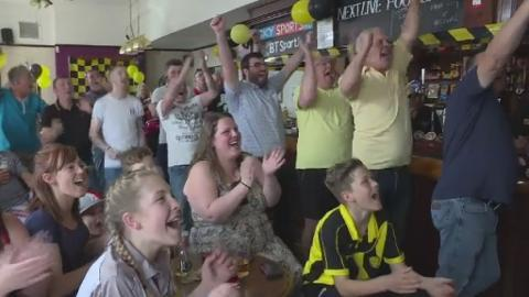Winning_celebrations_Burton