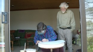 Frank and Sue Ashworth have been making the distinctive plaques for English Heritage for the 32 years