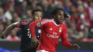 Bayern Munich beat Man United to midfielder Sanches