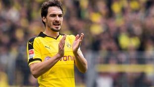 Bayern Munich sign Dortmund defender Hummels