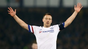 Chelsea offer captain Terry new one-year deal