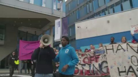 E-COLLEGE_PROTEST
