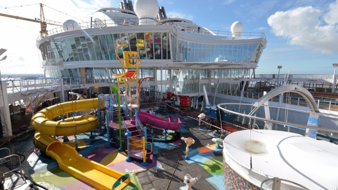 Inside The World 39 S Largest Cruise Ship