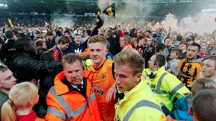 Hull survive scare to set up all-Yorkshire play-off final