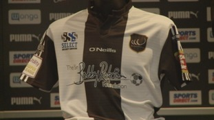 Widnes jersey raises £40k for Sir Bobby Robson charity