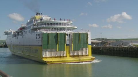 P-NEWHAVEN_FERRY_LK