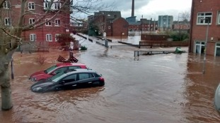 Floods victim sets up 'tea and chat' support meetings