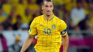 Zlatan Ibrahimovic hints at Manchester United move