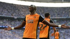 Mohamed Diame stunner sends Hull into Premier League