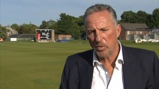 Sir Ian Botham: I'm batting for Brexit to save 'cluttered' UK