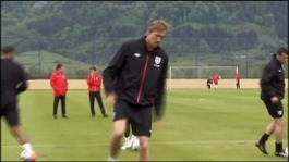Peter Crouch training with England
