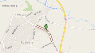 Bogus workmen con a pensioner at his home address in Tutbury
