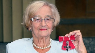 Liz Smith was awarded with an MBE for services to drama in 2009.