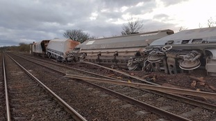 Train derailment to cause at least 48 hours disruption