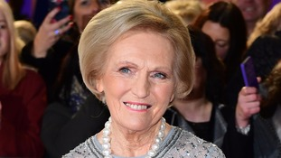 Mary Berry stirs up controversy as 'disgraceful' pie branded 'casserole with a lid'