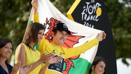 Geraint Thomas seals historic Tour de France win