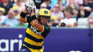 Ingram guides Glamorgan to fifth T20 win in a row