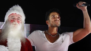 Peter Andre switching on Christmas lights in East Kilbride Shopping Centre in Scotland in 2011.