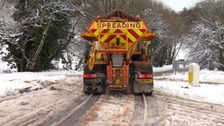 Gritters out in snow