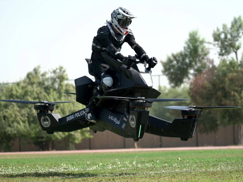 Dubai police begin training on flying motorbikes