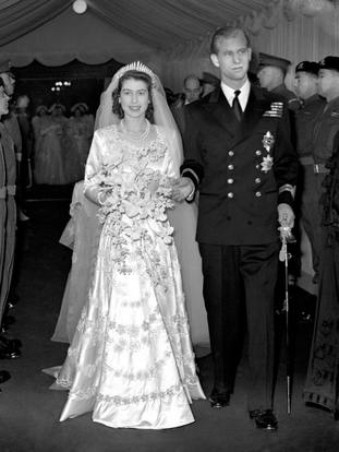 Princess Elizabeth and the Duke of Edinburgh leaving Westminster Abbey after their wedding ceremony