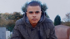Family of Mark Duggan to sue Met Police over fatal shooting