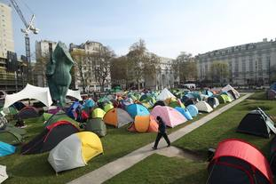 Extinction Rebellion demonstrators camp near Marble Arch