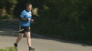 25-stone man sheds the weight to run in London marathon
