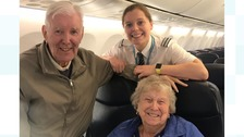 Young pilot surprises grandparents by flying them to their holiday