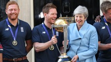 England complete trophy tour at Downing Street reception