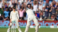 England beat Australia to take third Ashes test by one wicket