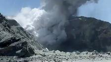 Conditions delay recovery of New Zealand volcano victims