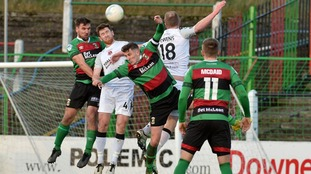 Crusaders drew with Glentoran at the Oval.