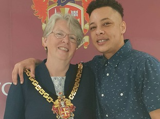 Nate meets Wolverhampton Mayor.