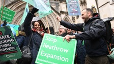 Campaigners win legal bid to halt Heathrow airport expansion