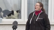 'It lifts your spirits!': Busker sings opera to the street