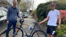 Luke Rowe hand-delivers new bike to intensive care doctor