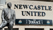 Manquillo and Carroll extend Newcastle United contracts