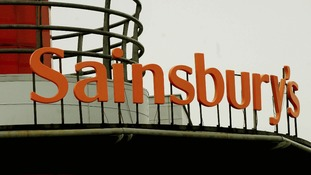 The outgoing Chief Executive of Sainsburys, Justin King has warned an independent Scotland could face much higher food costs.