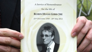 Mourners pay tribute to 'magnificent' Robin Gibb