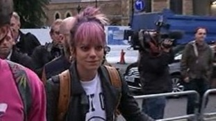 Pop star Lily Allen went to Kate Bush's first concert for 35 years.