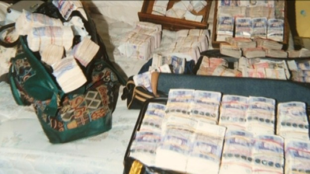 Over £1 million discovered in bedroom | Central - ITV News