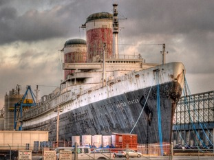 SS United States seen from S. Christopher Columbus Blvd